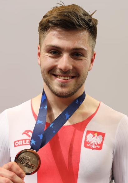 2019_UEC_Track_Elite_European_Championships_063-removebg-preview